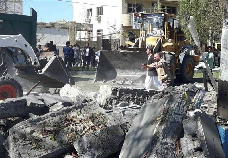 At Least 2 Killed in Terrorist Car Bomb Attack in SE Iran (+Video)