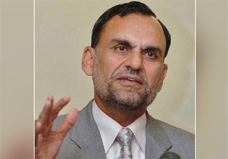 درگیری با چند کپرنشین، وزیر دولت عمران خان را مجبور به استعفا کرد