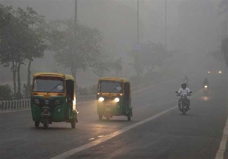 بهارت: دہلی اور لکھنؤ میں ٹھنڈ اور دھند کی شدت
