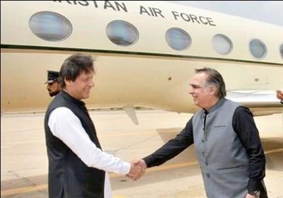 وزیر اعظم عمران خان کراچی پہنچ گئے