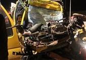 مرگ دلخراش راننده کامیونت در اتاقک متلاشی شده خودرو + تصاویر