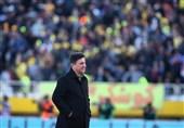 اهواز| امیر قلعهنویی: دعا کنید نگاهها نسبت به فوتبال تغییر کند و ورزش قانونمند باشد، نه سلیقهای/ یکی از سختترین دیدارهایمان را پیش رو داریم