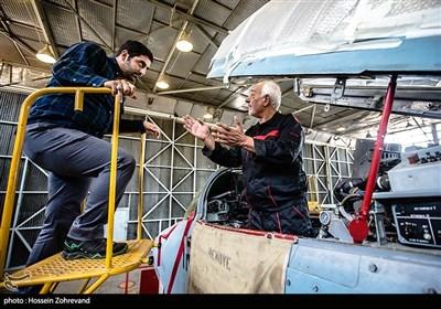 سرهنگ پاشاخانلو درباره چگونگی دستیبای به دانش فنی اورهال جنگندههای میگ -29 می گوید: تا به انیجا هر دانشی که بدست آوردهایم بومی بوده است و حاصل تجربیات کار روی هواپیماهای مختلف و دوران دفاع مقدس بوده است.اما سرهنگ پاشاخانلو یک خبر هم خوب برای ما داشت. وی با بیان اینکه در حوزه سامانههای ناوبری و ارتباطی هواپیما کارهای خیلی خوبی انجام داده ایم، اظهار داشت: توانستهایم سامانههای بهتری نسبت به سامانههای اصلی را روی این هواپیما تست کنیم که جواب هم داده است