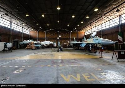 ایران در سال 1370 دو مدل از جنگنده میگ -29 را خریداری میکند. یکی نوع تک سرنشین این جنگنده که صرفا رزمی است و یکی هم نوع دوسرنشین آن که علاوه بر توان اجرای ماموریت رزمی توان اجرای ماموریتهای آموزشی را هم دارد.این جنگندهها پس از ورود به ناوگان نیروی هوایی ارتش در دو پایگاه تهران و تبریز سازماندهی میشوند و تا کنون هم در همین پایگاهها مشغول فعالیت هستند. در حقیقت حفاظت از آسمان پایتخت کشور بر عهده جنگندههای میگ-29 است
