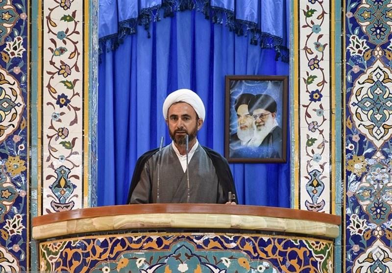 """امام جمعه ایلام: بیانیه """"گام دوم"""" نقشه راه آینده انقلاب اسلامی است"""