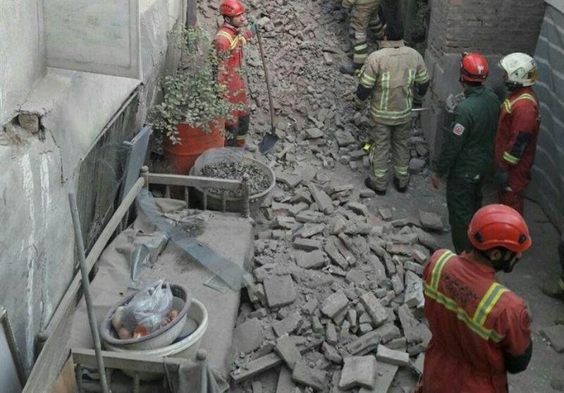 ریزش آوار ساختمان قدیمی در بازار تهران تلفات جانی نداشت