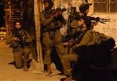 الکیان الصهیونی ینفذ حملة مداهمات واعتقالات فی الضفة الغربیة المحتلة