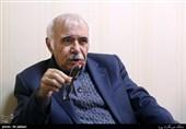 موسیقی در تلویزیون|محمدعلی بهمنی: شعرهای سخیف را رد میکنیم اما مجوز میگیرند