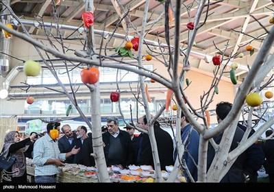 بازدید پیروز حناچی شهردار تهران از یازدهمین نمایشگاه محصولات غذایی ارگانیک