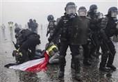 درگیری نیروهای پلیس فرانسه با معترضان به سیاستهای اقتصادی ماکرون + تصاویر