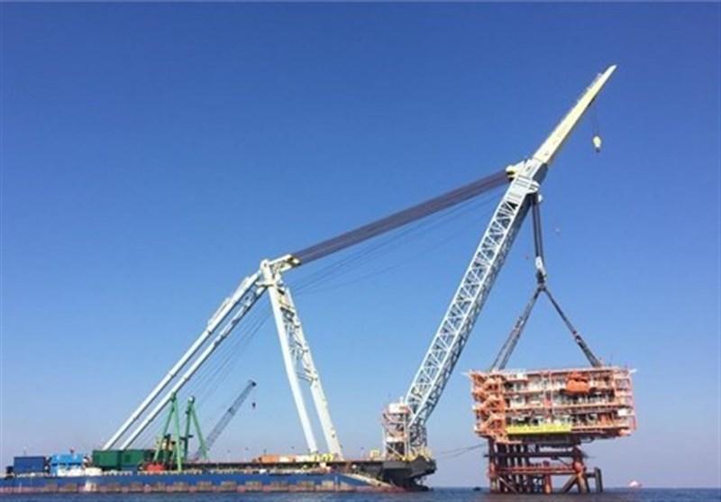 بوشهر  دومین سکوی فرآوری گاز فاز 13 پارس جنوبی در خلیج فارس نصب شد