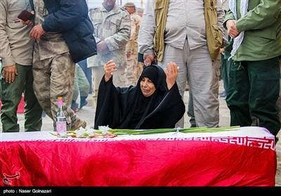 ورود پیکر 46 شهیدتازه تفحص شده - مهران