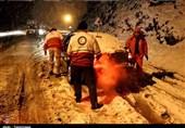 اردبیل| 114 مسافر گرفتار در برف و کولاک محور خلخال به اسالم امدادرسانی شدند