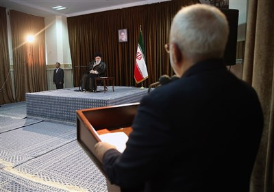 Zarif Hails Leader's Attention to Importance of Neighbors in Iran Foreign Policy