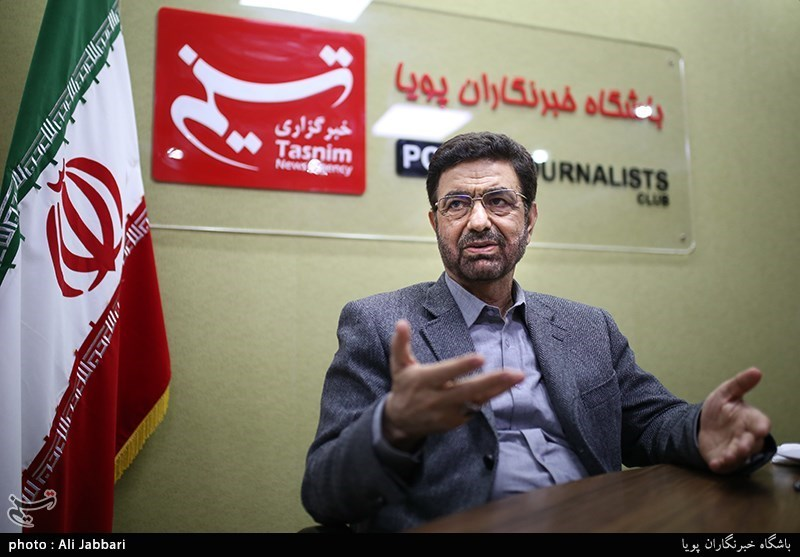 عضو کمیسیون امنیت ملی: مردم سیستان از ظریف گلهمند هستند/ چرا از حقآبه قانونی ایران دفاع نمیکنید؟