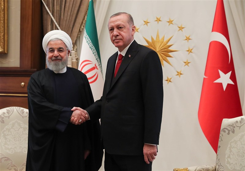 Iran, Turkey Sign MoUs during Presidential Visit