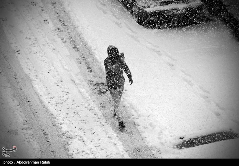 برف و کولاک در 11 استان کشور/1076 نفر امدادرسانی شدند