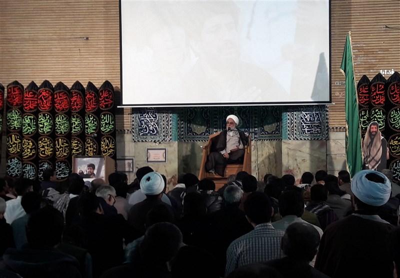 مراسم بزرگداشت هنرمند انقلابی سید محمد ساجدی در قم برگزار شد
