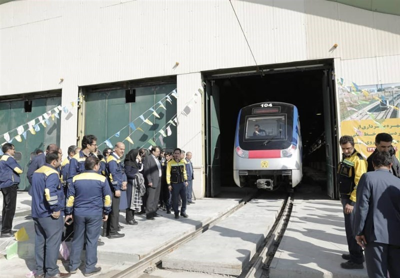 هراس شهروندان تهرانی برای استفاده از خط 6 مترو بهدلیل عدم وجود ایمنی