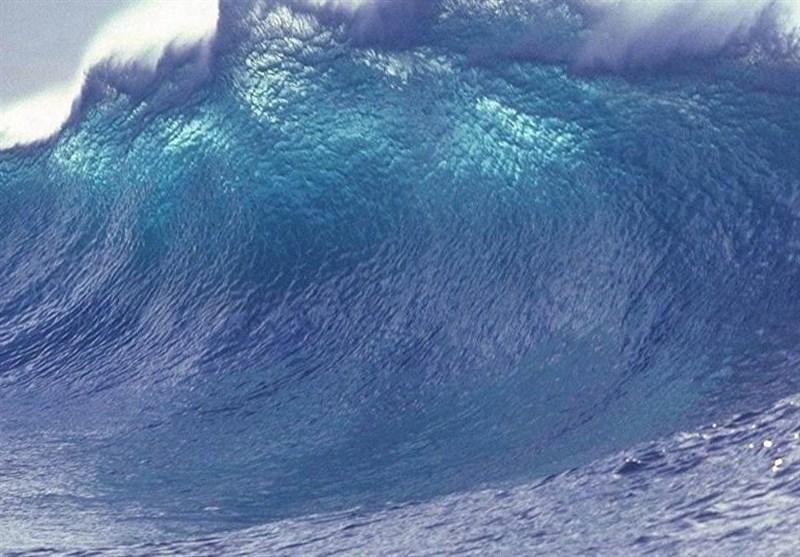تشکیل موجهای 3.5 متری در دریای خزر و خلیج فارس