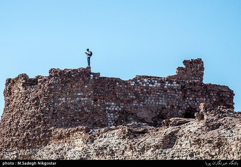اجرای طرح مرمت اضطراری قلعه تاریخی پرتغالیهای هرمز؛ راهاندازی گردشگری ارزان در جزیره ابوموسی