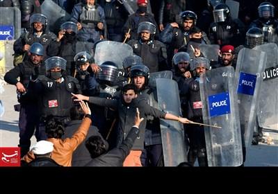 نوازشریف کو سزا پر بھرپور احتجاج کرنے میں ناکام