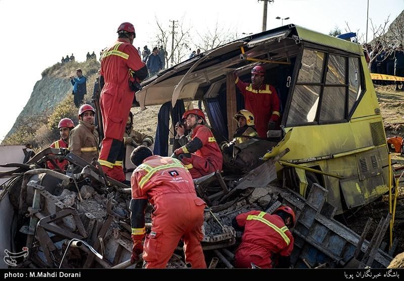 شمار جانباختگان واژگونی اتوبوس دانشگاه آزاد به 10 نفر رسید + اسامی