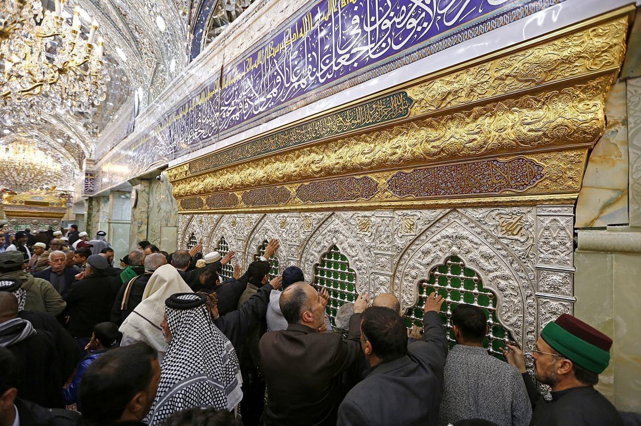 اخبار اربعین 98| اجرای طرح «بدرقه رهروان منتظر» در اصفهان؛ 2300 زائر اربعین از بقاع متبرکه بدرقه میشوند