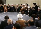 قائد الثورة الاسلامیة یرعى مراسم تأبین آیة الله هاشمی شاهرودی