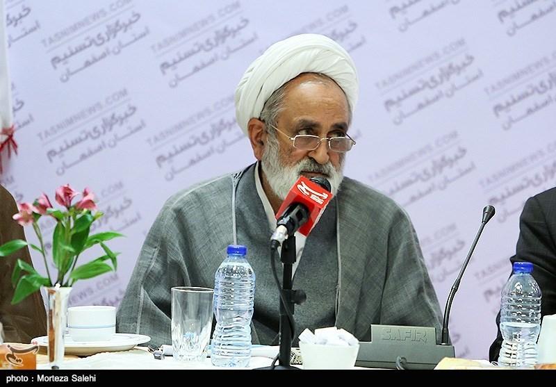 اصفهان| سالک: اینستکس کلاه گشاد دیگری بر سر مردم است
