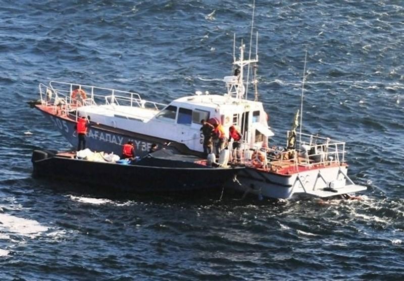 سرنشینان یک قایق صیادی در آبهای دریای عمان نجات یافتند