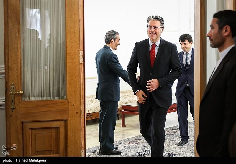 ورود رضا هاکان تکین سفیر ترکیه به محل دیدار با محمدجواد ظریف وزیر امور خارجه