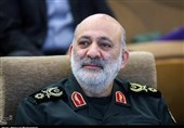 سردار تقیزاده: سلاح پدافند هوایی لیزری در حال تولید انبوه است/ افزایش بُرد موشکهای کروز زمینی