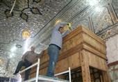 آغاز عملیات نصب نیم ضریح خیمهگاهی امام حسین(ع) و حضرت قاسم (ع) در کربلا + تصاویر
