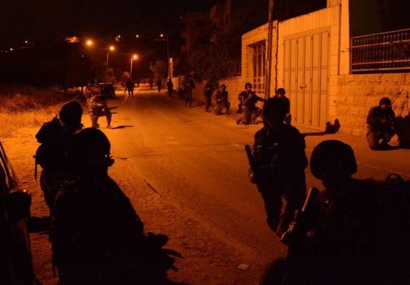 یورش صدها شهرکنشین به نابلس؛ بازداشت 8 فلسطینی در کرانه باختری