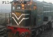 ساہیوال کے قریب ٹرین کو حادثہ