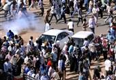 درخواست معارضان سودانی از البشیر؛ دولت و پارلمان باید منحل شود
