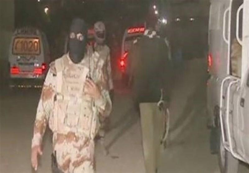 کراچی؛ سیکیورٹی فورسز اورشرپسندوں کے مابین فائرنگ کا تبادلہ/ 3خطرناک ڈاکو گرفتار