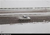 25 جاده کشور سفیدپوش شد