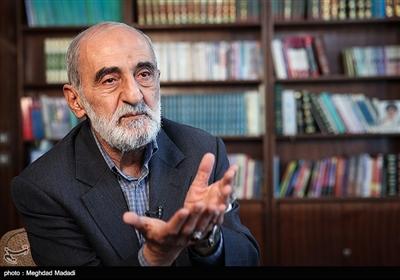 حسین شریعتمداری مدیر مسئول روزنامه کیهان