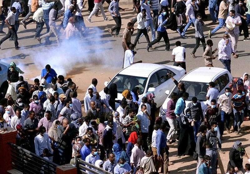 """کنارهگیری """"البشیر"""" خواسته اصلی معارضان؛ تظاهرات در سودان تشدید میشود"""