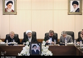 مجمع تشخیص کدام مواد از اصلاحیه قانون مبارزه با پولشویی را تصویب کرد؟
