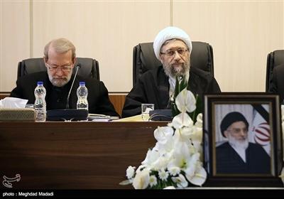 آیت الله آملی لاریجانی رئیس مجمع و علی لاریجانی رئیس مجلس