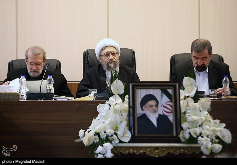 اولین جلسه مجمع تشخیص بهریاست آیتالله آملی لاریجانی برگزار شد + عکس