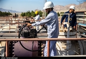 Iran Raising Oil Extraction from Joint Field, Minister Says