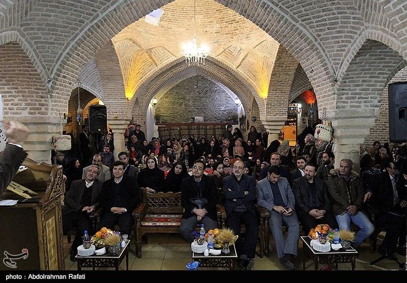 جشنواره سنتی کرسی نشینی در حمام تاریخی قلعه همدان
