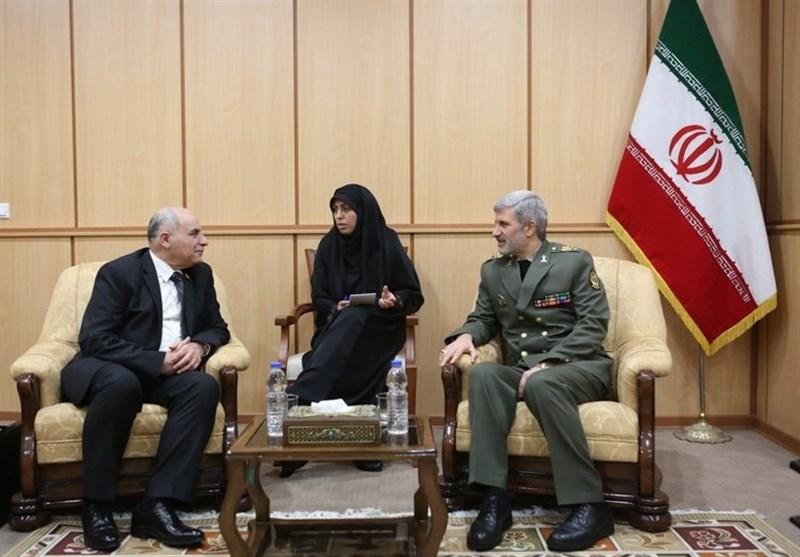 معاون وزیر دفاع سوریه با امیر حاتمی دیدار کرد