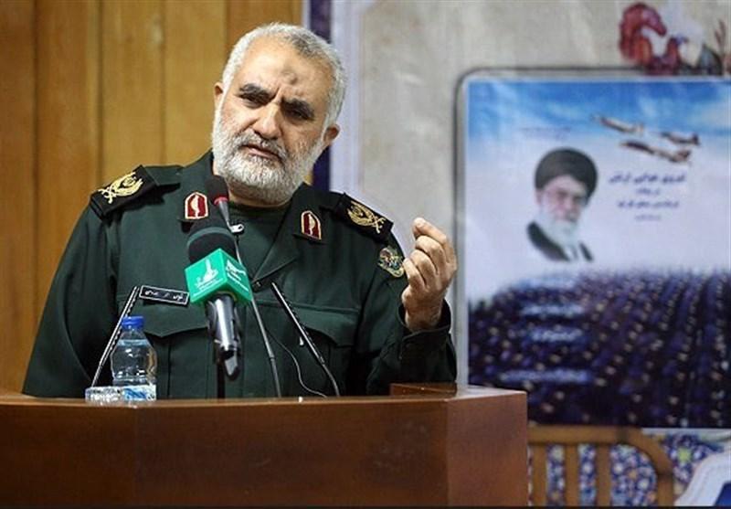 """سردار سهدهی: """"منشور هدایت"""" و """"حقیقت درخشان"""" کتب در تراز مرجع هستند"""