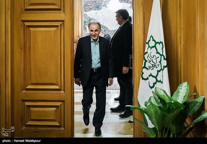 محمدعلی نجفی در پایان نشست مشترک شهرداران تهران در دوره انقلاب