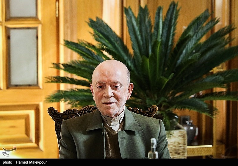 محمدنبی حبیبی در نشست مشترک شهرداران تهران در دوره انقلاب
